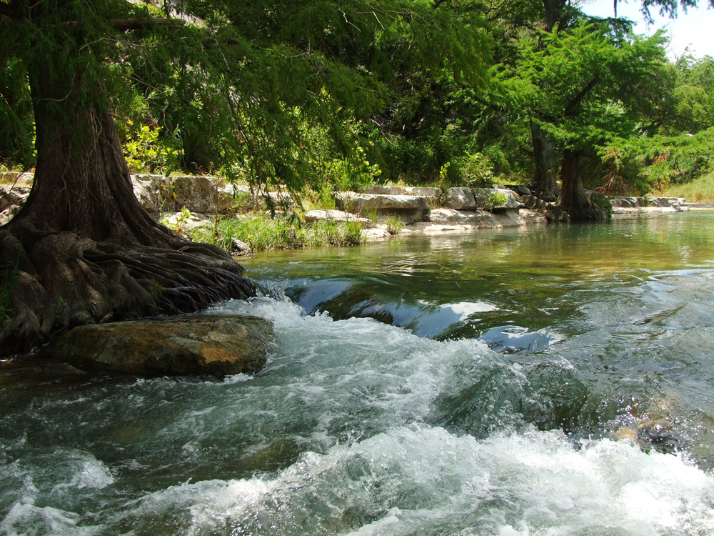 New braunfels guadalupe river flow pictures to pin on for Guadalupe river trout fishing